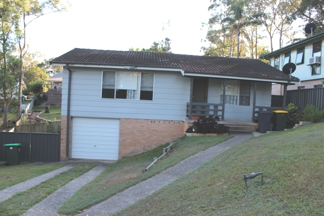 11 Molokan Place, Bolton Point NSW 2283
