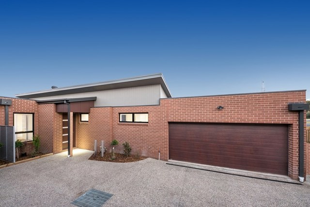 4/13 Oakhill Avenue, Highton VIC 3216