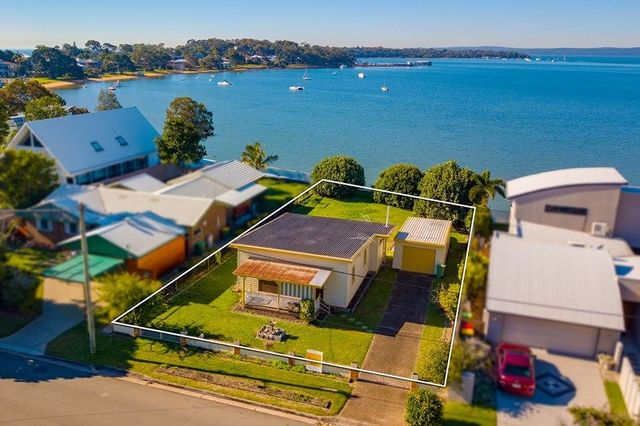 25 Base Street, Victoria Point QLD 4165