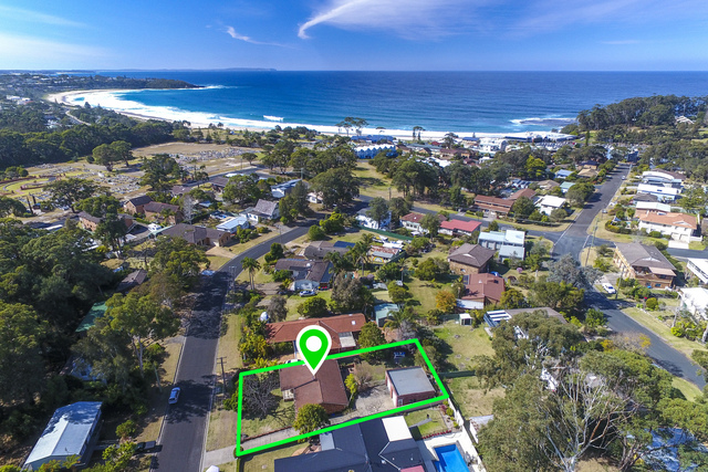 48 Buckland Street, Mollymook NSW 2539