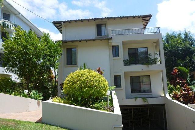 2/11 Ewart Street, Burleigh Heads QLD 4220
