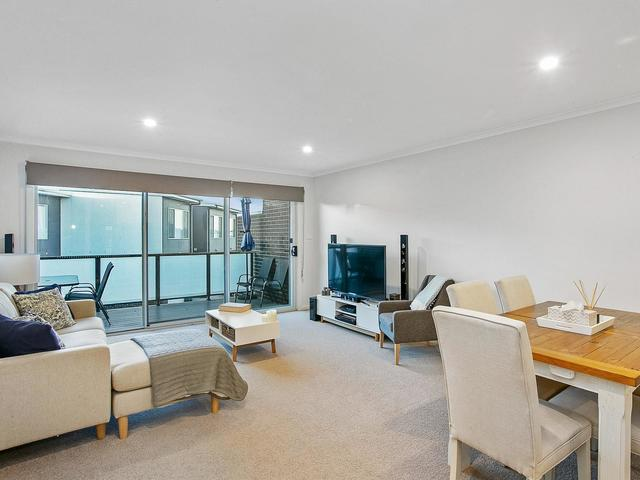 31/41 Pearlman Street, Coombs ACT 2611