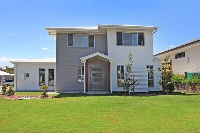 2/17 Kalbarri Crescent, Peregian Springs QLD 4573