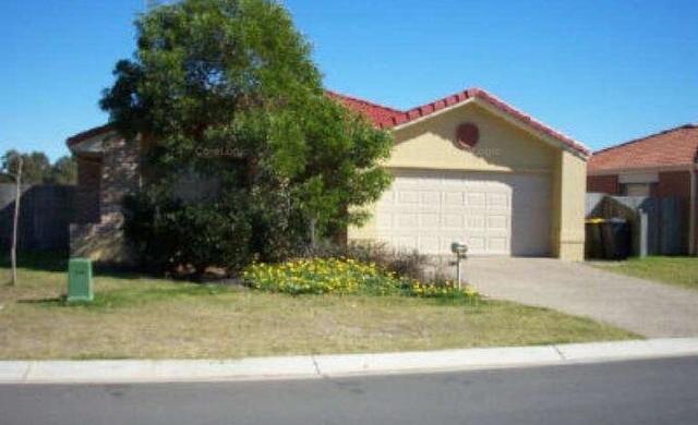 49 Pinewood Street, Wynnum West QLD 4178