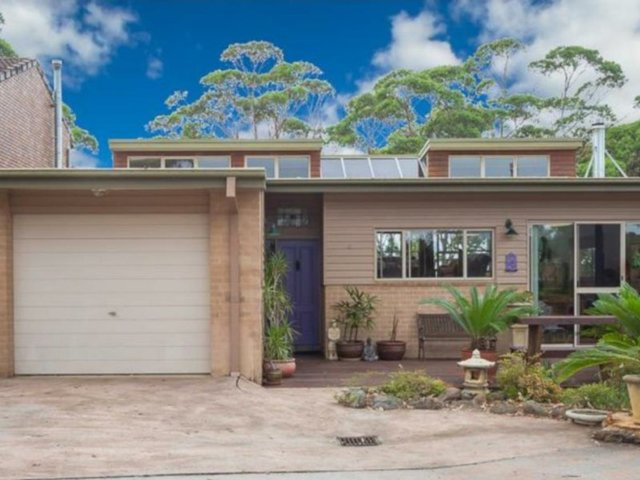 41 Forest Parade, Tomakin NSW 2537