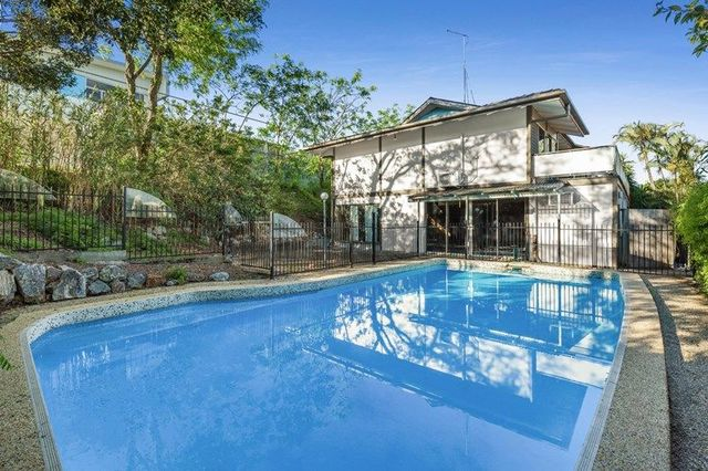 37 Oceana Terrace, Manly QLD 4179