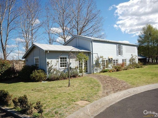2/117 Old Hume Highway, Mittagong NSW 2575