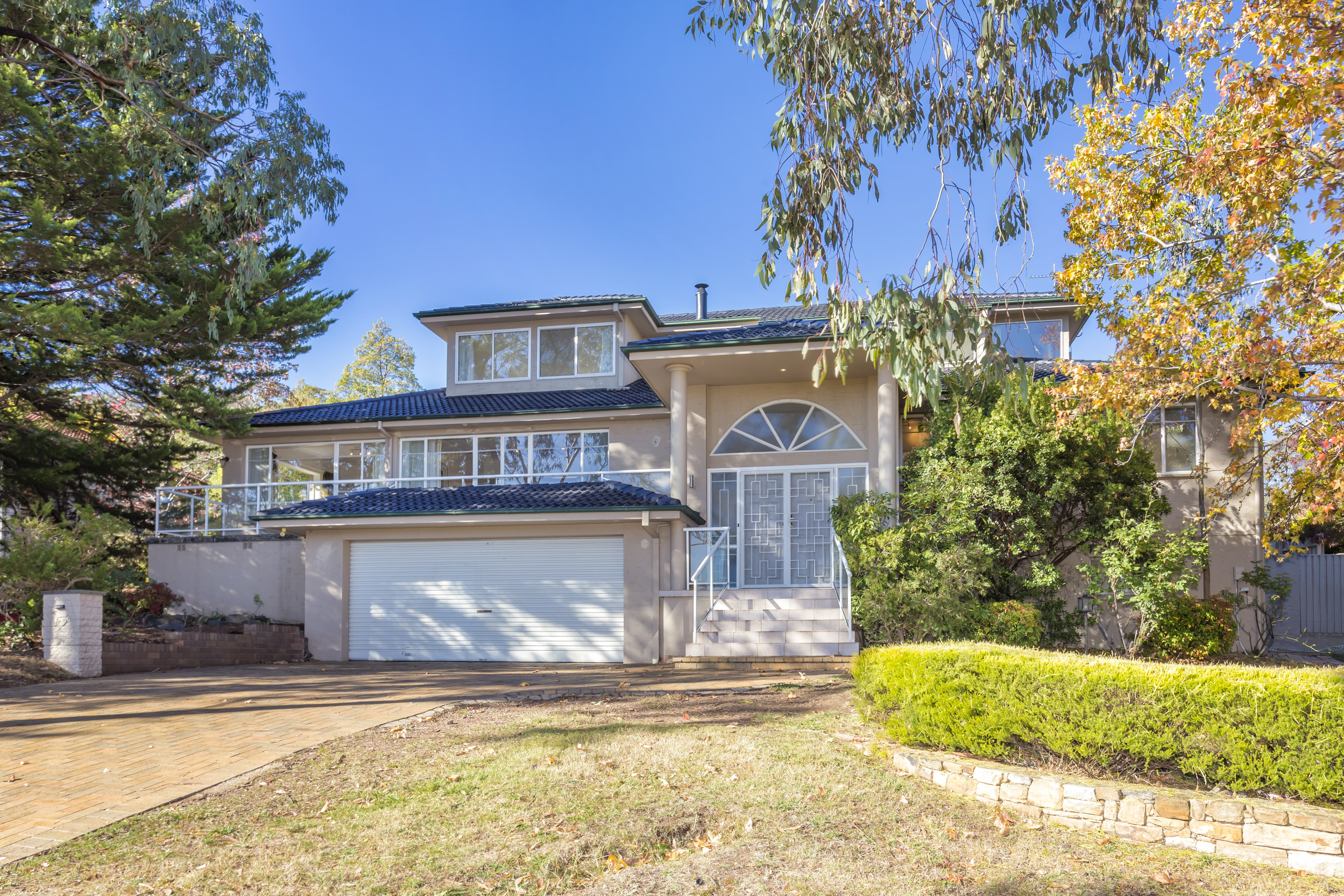 19 Curlewis Crescent Garran ACT 2605 House for Sale
