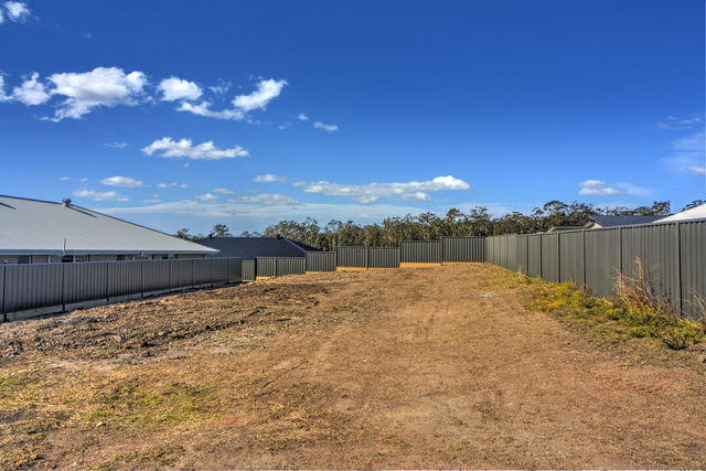 31 Firetail Street, South Nowra NSW 2541