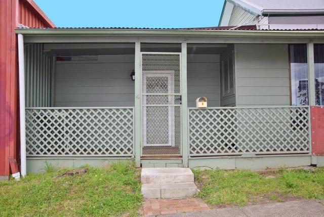 4 Hughes Street, Gateshead NSW 2290