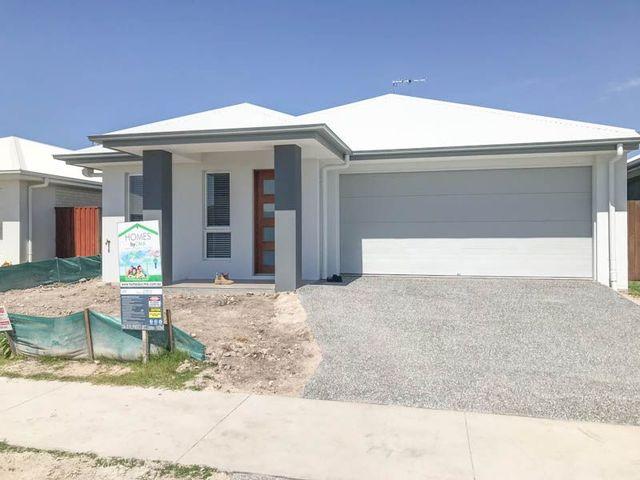 17 Samuel Walker Street, Caloundra West QLD 4551