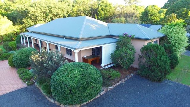 130 Gold Creek Road, Brookfield QLD 4069
