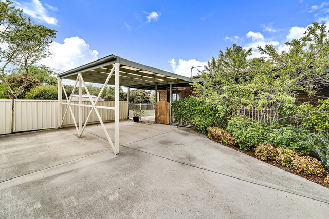 14B Litchfield Place, Gilmore ACT 2905