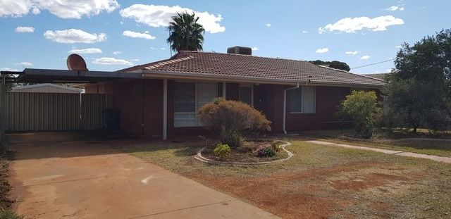 14 Moss Street, South Kalgoorlie WA 6430