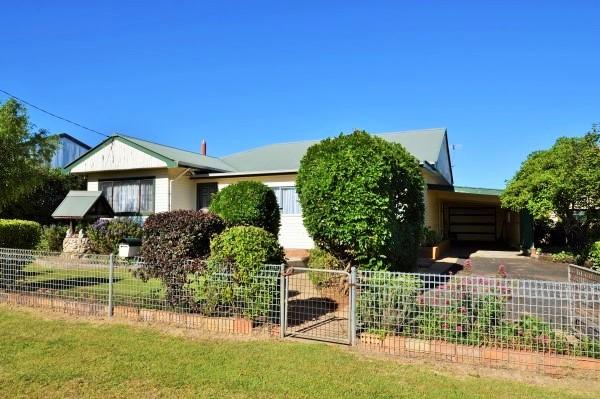 30 Lochaber Crescent, Guyra NSW 2365