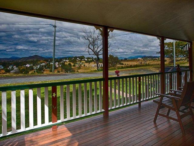 4 Athol Terrace, Boonah QLD 4310