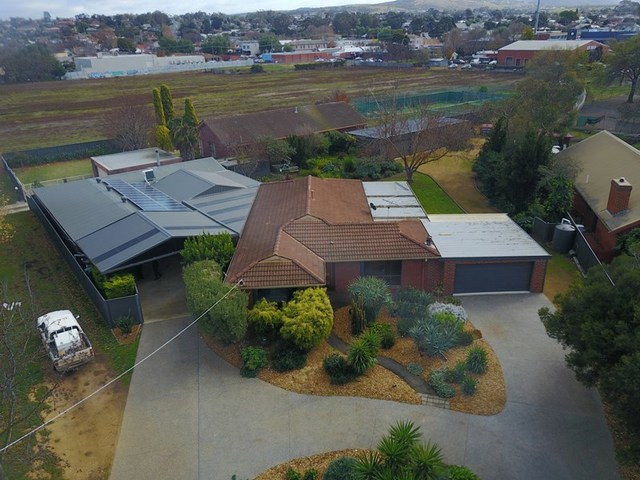 2 Simpson Street, Bacchus Marsh VIC 3340