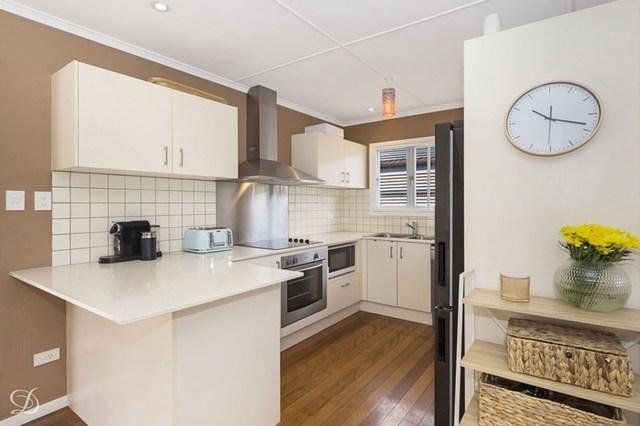 44 Yanderra Street, Arana Hills QLD 4054