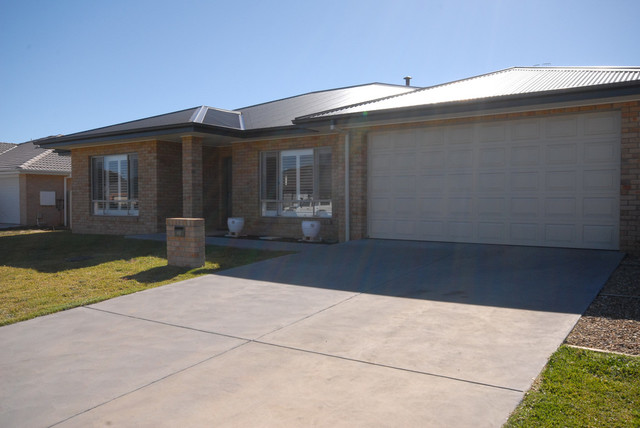 42 Hereford St, Bungendore NSW 2621
