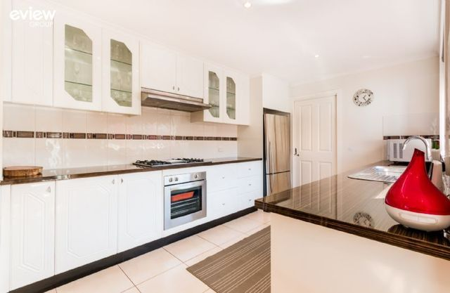 51 Thomas Mitchell Drive, Endeavour Hills VIC 3802