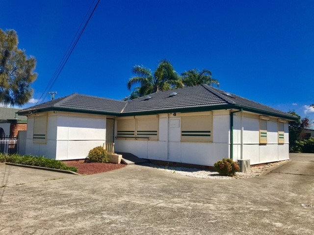 32 Lake Entrance Road, Warilla NSW 2528