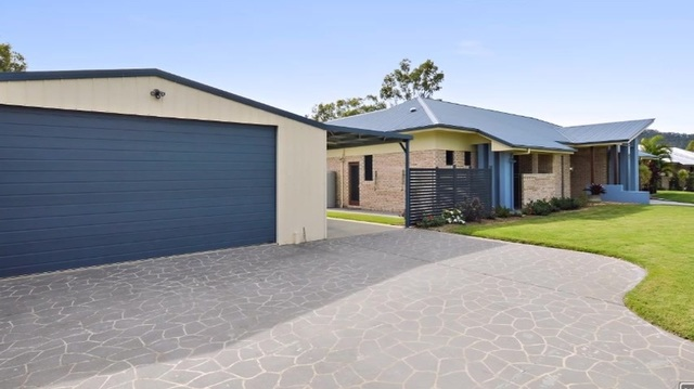 15 Jack Holt Place, Mount Crosby QLD 4306