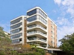 10/10 East Crescent Street, NSW 2060