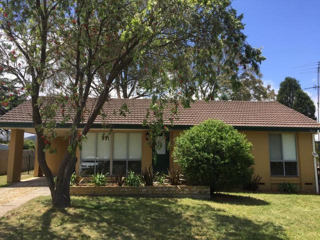 8 Derby Street, NSW 2576