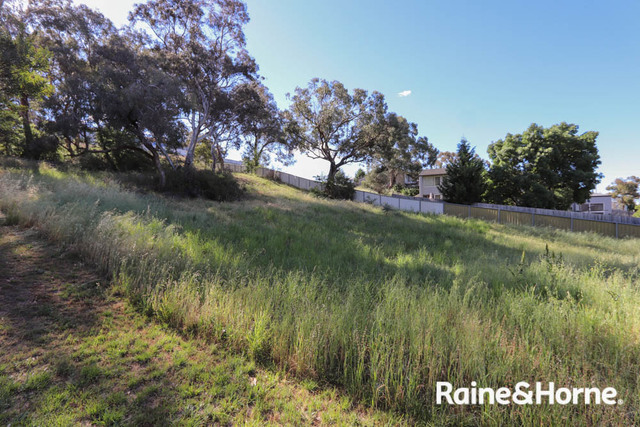 13 Middlemiss Place, NSW 2795