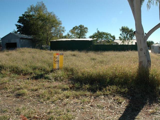 36 Swan Street, Longreach QLD 4730