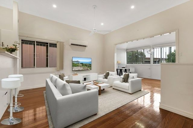 17 Horsburgh Street, QLD 4059