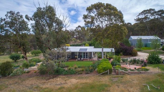 104 Sollys Hill Road, Watervale SA 5452