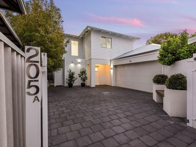 205A Crawford Road, Inglewood WA 6052