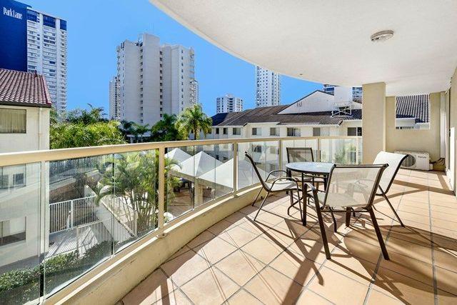 5 Cronin Avenue, Main Beach QLD 4217