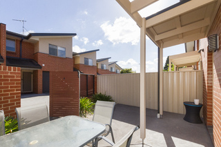4/3 Broughton Place