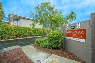 43/2-8 Meadowbrook Drive