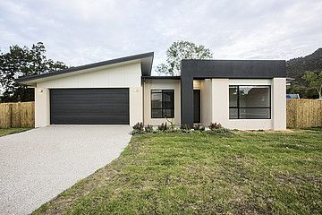 79 Macarthur Drive, Cannonvale QLD 4802