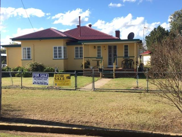 28 Elizabeth St, Inglewood QLD 4387