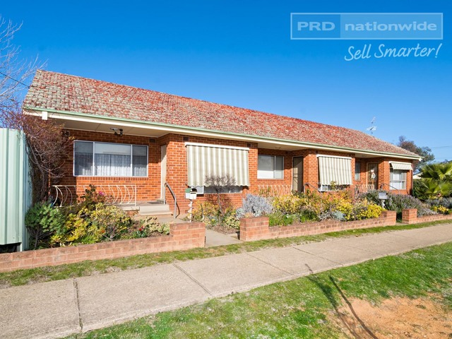 34 Manoora Avenue, Mount Austin NSW 2650