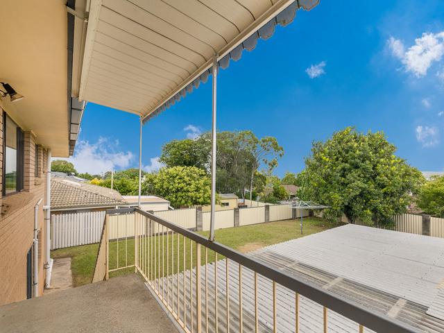 37 Lenore Crescent, Springwood QLD 4127