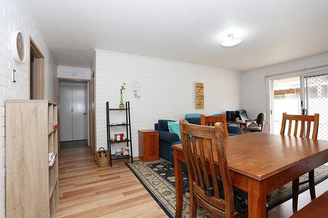 1/22 Lilla Street, Woody Point QLD 4019