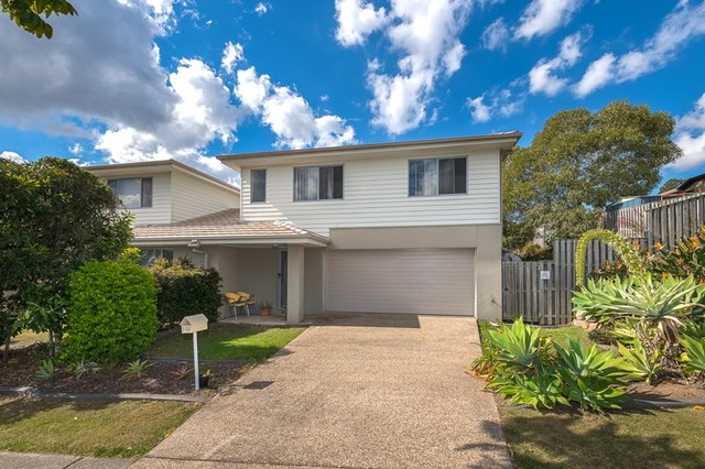 2/24 Faraday Crescent, Pacific Pines QLD 4211