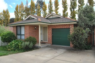 2/6 Orchard Grove Road