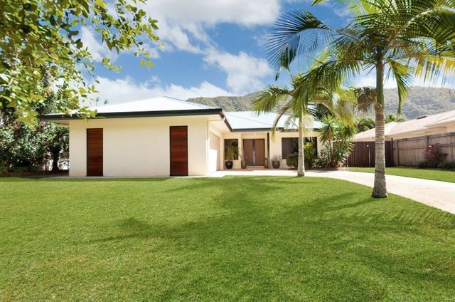 34 William Hickey Street, Redlynch QLD 4870
