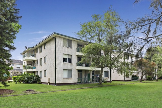 4/2 Evelyn Avenue, Concord NSW 2137