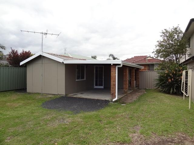 Cabin 24 Lone Pine Avenue, Umina Beach NSW 2257
