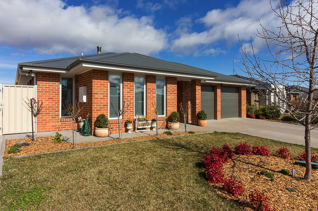 11 Angus Place, Bungendore NSW 2621