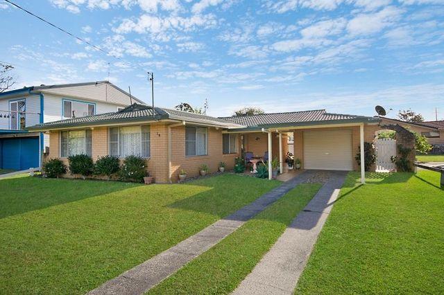 19 Golding Street, Yamba NSW 2464