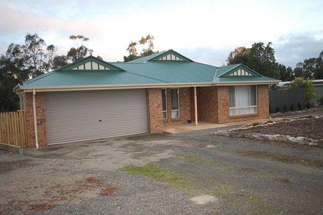 6 Wheatley St, Kapunda SA 5373