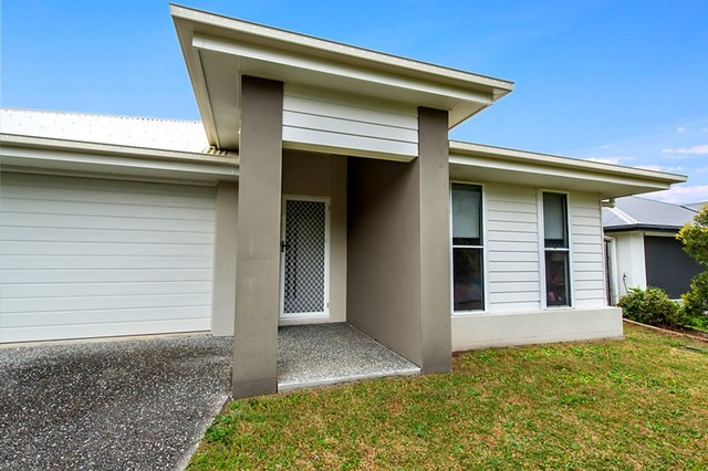 45 Barrington Street, Pacific Pines QLD 4211